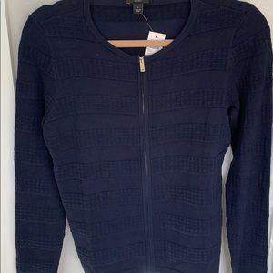 🆕 Navy long sleeve zip up sweater, S